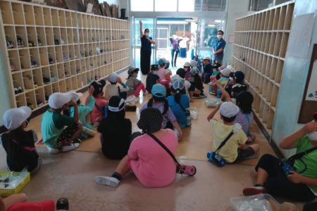 生活科の授業で3年目。ニューノーマルな小学校でのこけ田んぼ